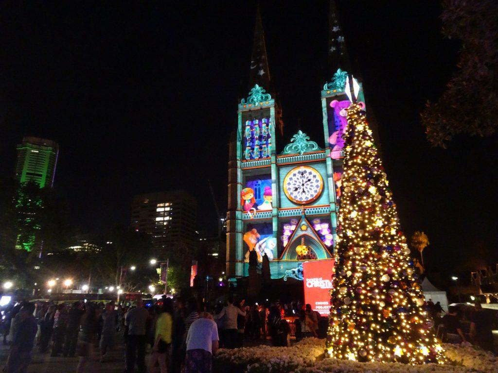 แสงแห่ง คริสต์มาส St Mary's Cathedral in Sydney