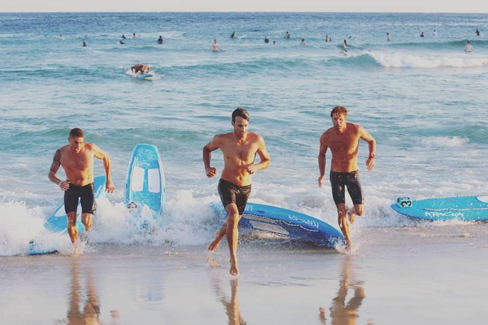 Aussie guy สามีแห่งชาติ จาก Bondi lifeguard ฮีโร่ตัวจริงสุด 1