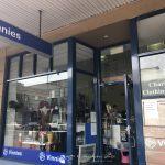 Shopping ได้บุญที่ Vinnies Shops แหล่ง ของมือสอง ช้อปปิ้งใน ซิดนีย์