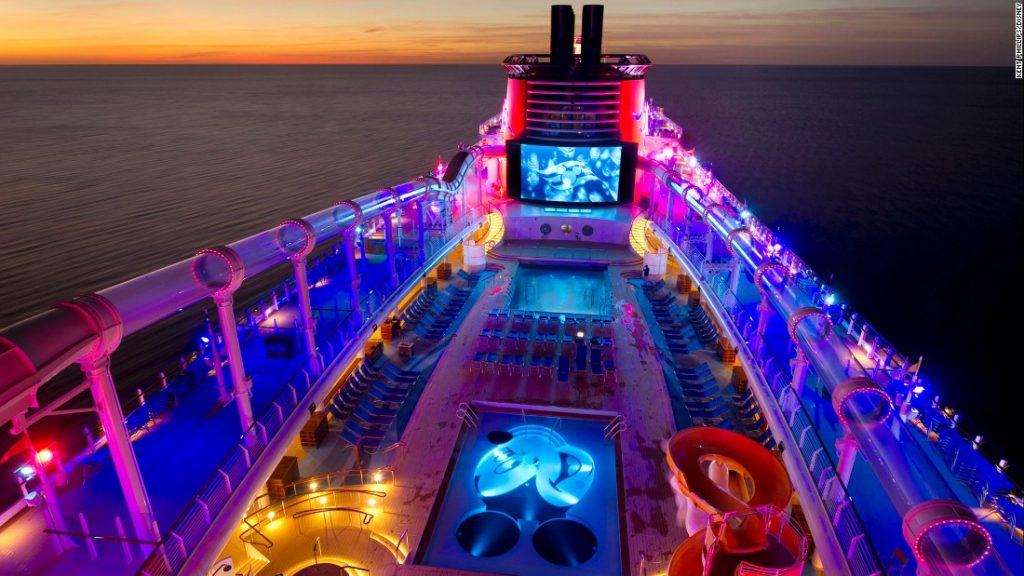 ทำงานเรือ ท่องเที่ยวรอบโลก รายได้ดี 003