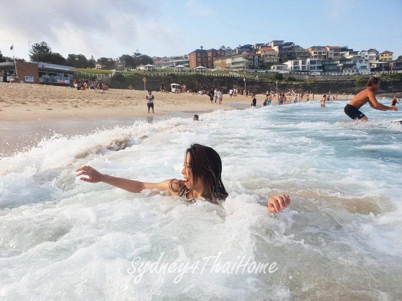 เที่ยว Sydney Bronte Beach แวะชมวิว Ocean pool ออสเตรเลีย