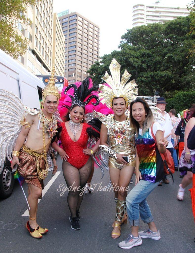 เที่ยวงานเกย์เลส ที่ ซิดนีย์ Sandy พาตะลุย งาน มาดิการ์ Mardi Gras